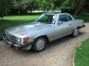 1986 107 series Mercedes 560SL Convertible LHD