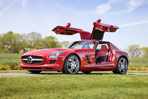 2010 Mercedes-Benz SLS AMG - just 690 miles from new