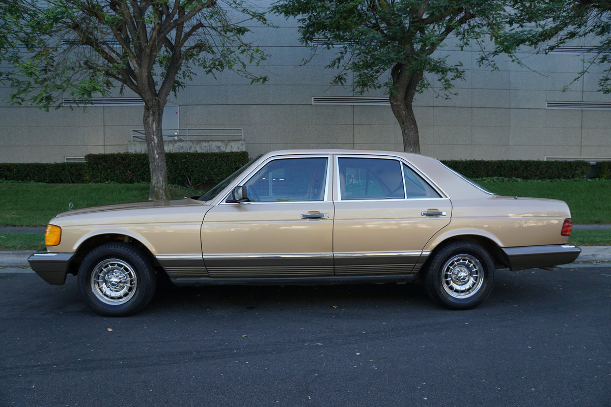 Orig CA Owner 1982 Mercedes 300SD Sedan with 82K orig miles For Sale (picture 2 of 6)