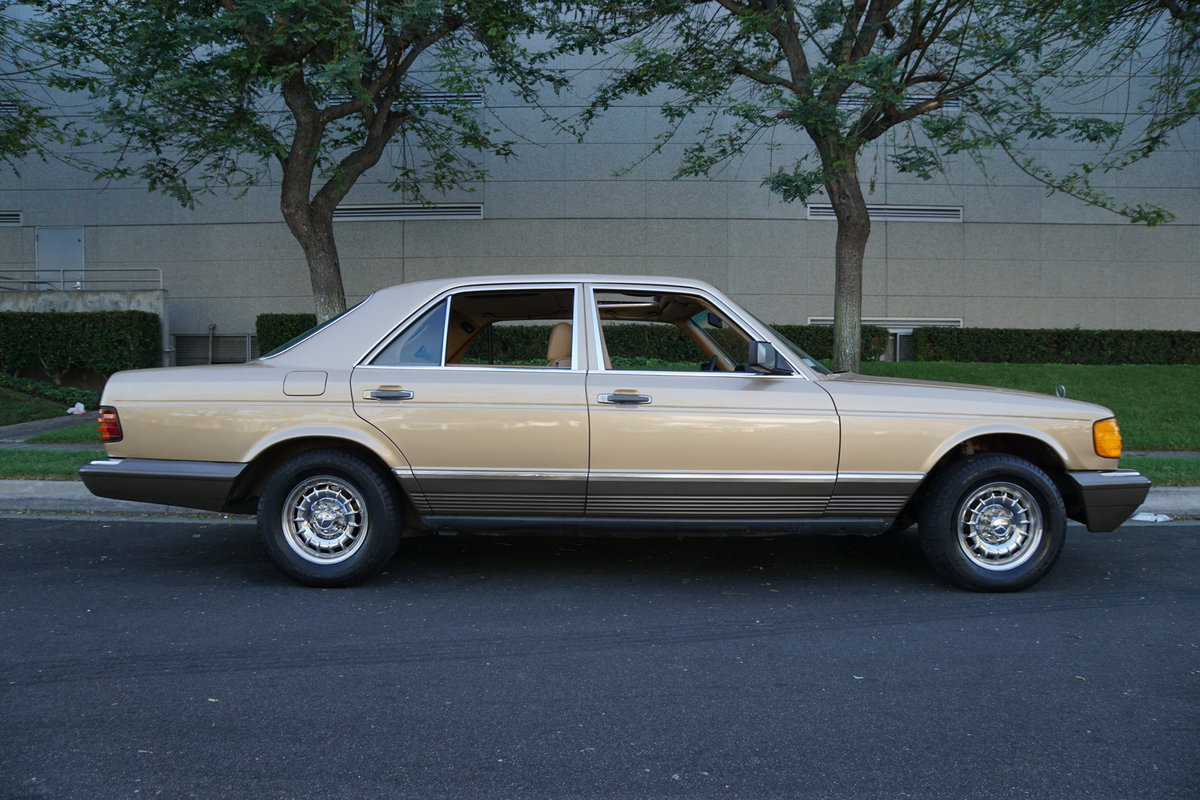 Orig CA Owner 1982 Mercedes 300SD Sedan with 82K orig miles For Sale (picture 3 of 6)