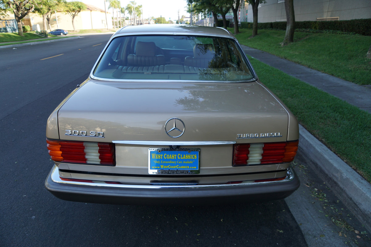 Orig CA Owner 1982 Mercedes 300SD Sedan with 82K orig miles For Sale (picture 4 of 6)