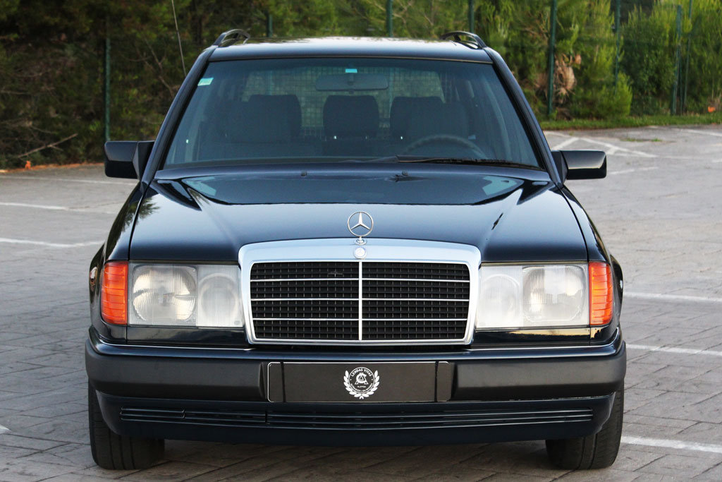 Mercedes Benz 230 TE 1992 For Sale (picture 2 of 6)