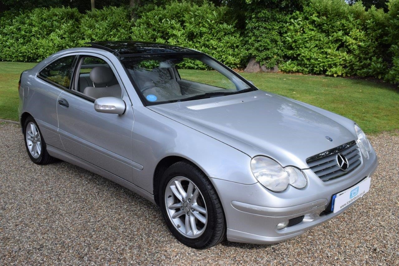 2002 Mercedes C200 Kompressor Sport Coupe Seq-Automatic For Sale (picture 1 of 6)