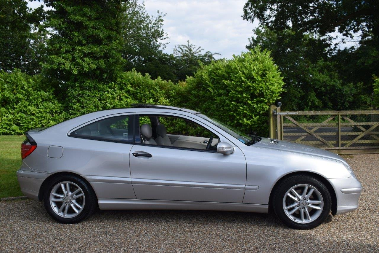 2002 Mercedes C200 Kompressor Sport Coupe Seq-Automatic For Sale (picture 3 of 6)