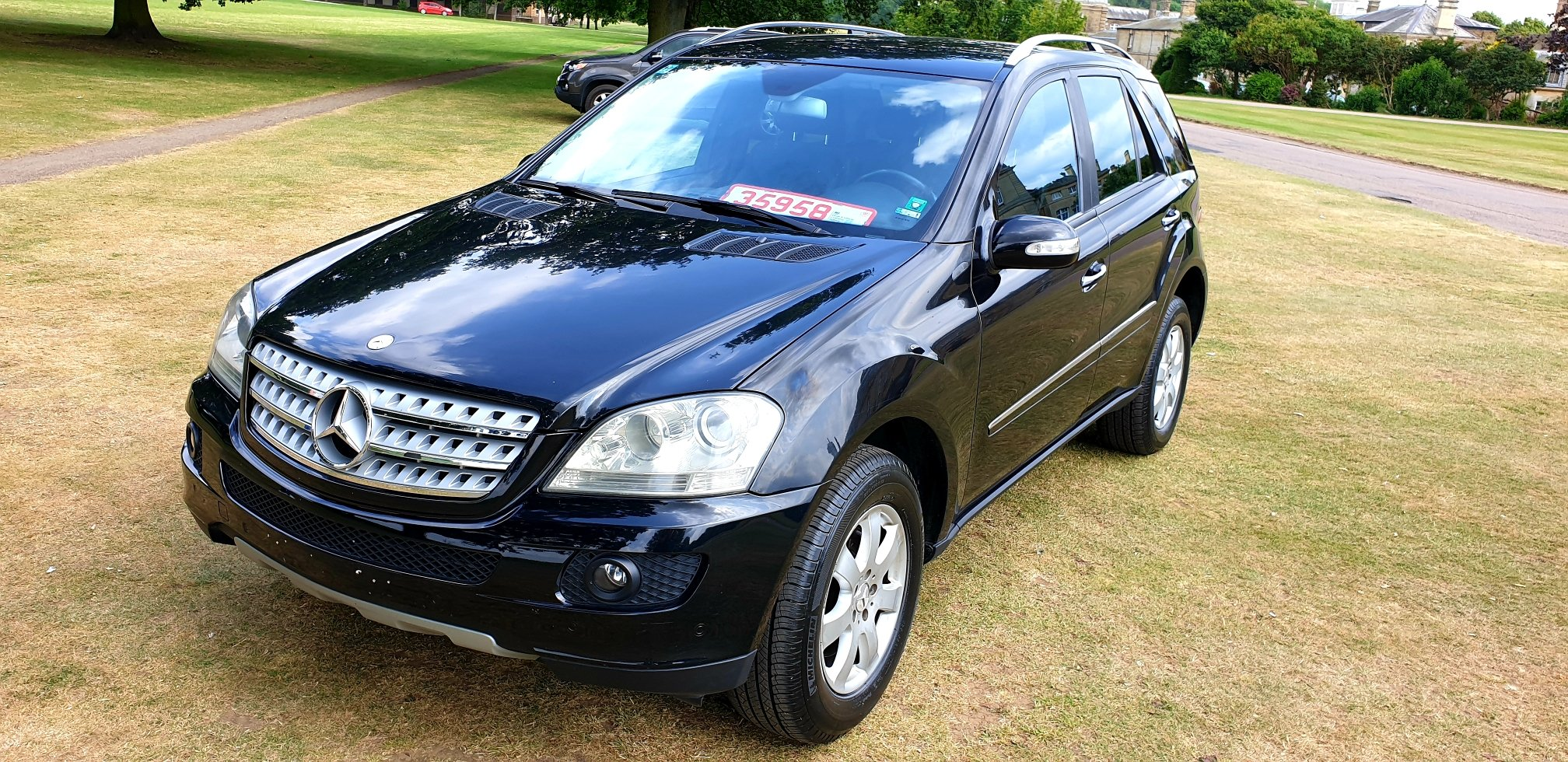 2006 LHD Mercedes-Benz ML320 3.0TD 7 G-Tronic SE, LEFT HAND DRIVE For Sale (picture 2 of 6)
