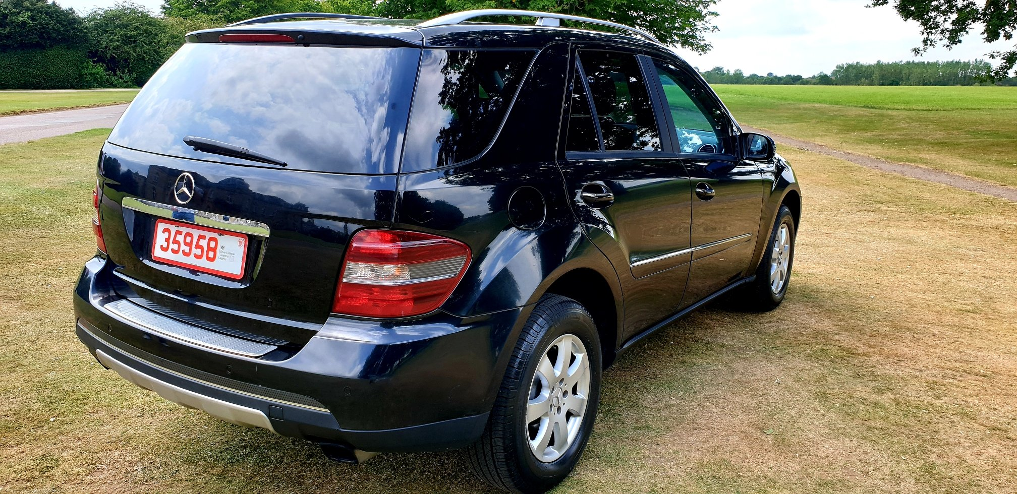 2006 LHD Mercedes-Benz ML320 3.0TD 7 G-Tronic SE, LEFT HAND DRIVE For Sale (picture 3 of 6)