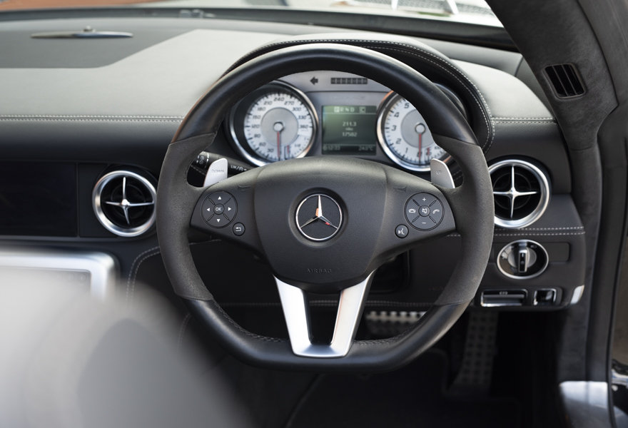 2013 Mercedes Benz 6.3 SLS AMG Roadster (RHD) For Sale (picture 6 of 12)