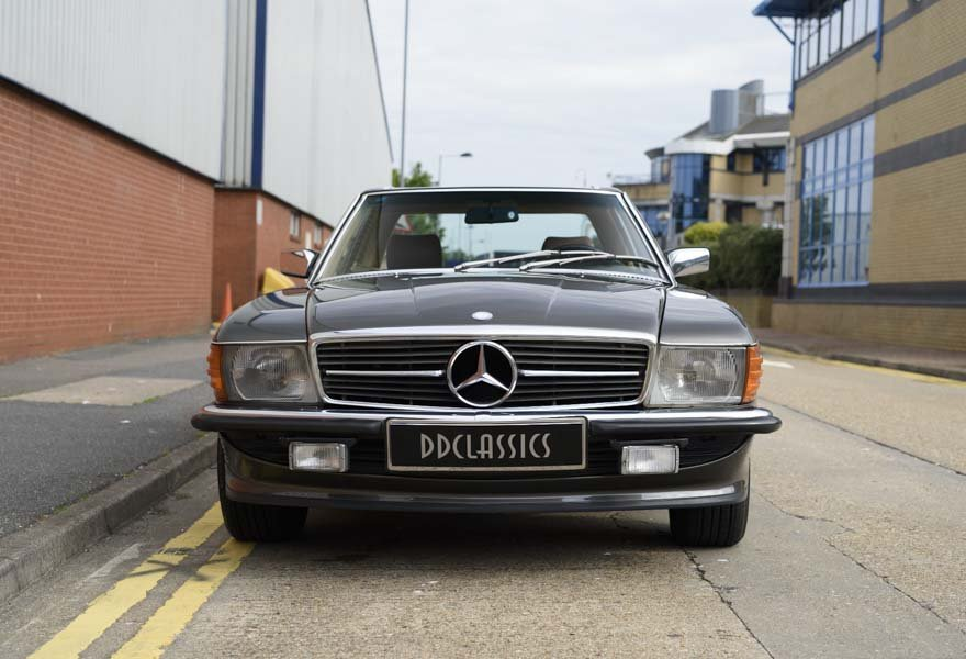 1987 Mercedes-Benz 560SL For Sale In London (LHD) For Sale (picture 5 of 12)