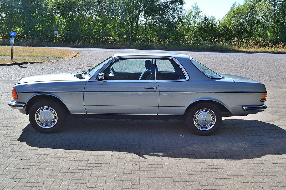 Mercedes 280 CEW Coupe Auto 1984 SOLD (picture 2 of 6)