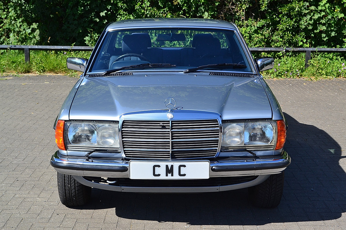 Mercedes 280 CEW Coupe Auto 1984 SOLD (picture 4 of 6)
