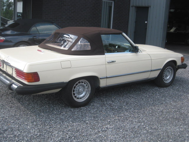 Mercedes SL380 Cabrio 1985 model 107, 80000miles Carfax  ! For Sale (picture 1 of 6)