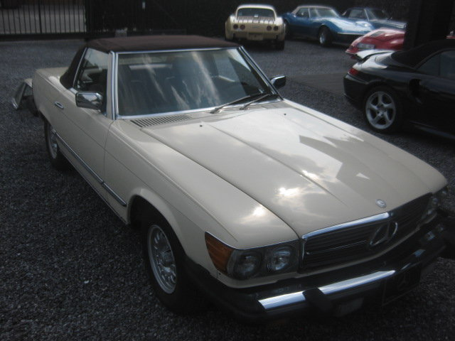 Mercedes SL380 Cabrio 1985 model 107, 80000miles Carfax  ! For Sale (picture 3 of 6)