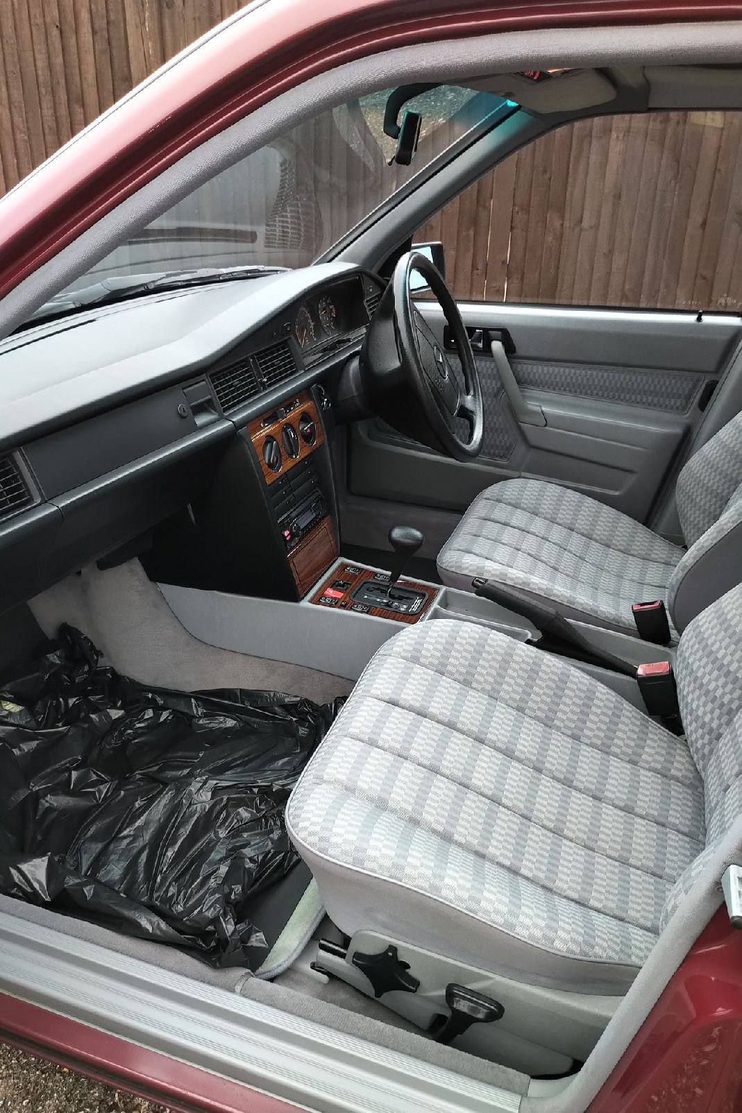 1992 Mercedes-Benz 190E, 12 Months MOT Lovely Cherished SOLD (picture 5 of 6)