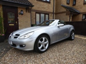 2005 Mercedes SLK 350 - super condition, history & spec For Sale