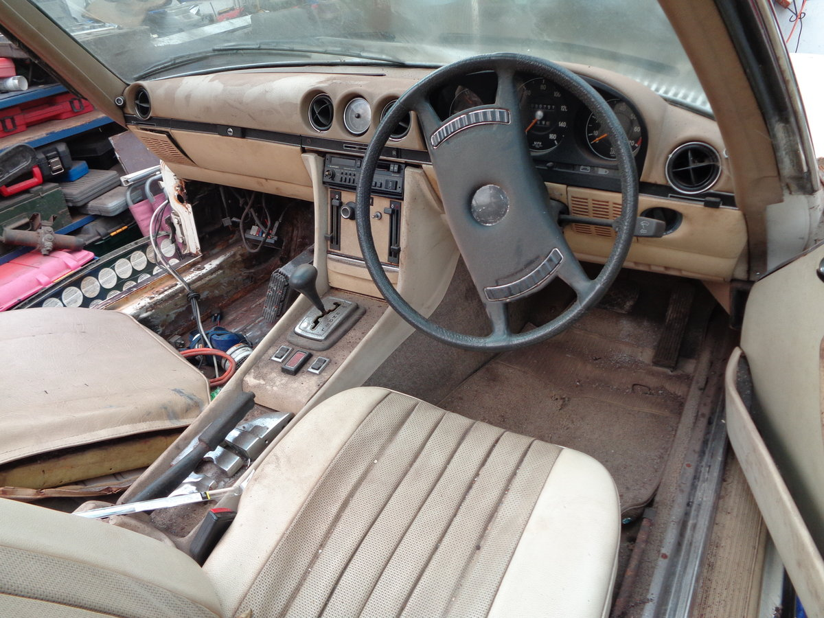 mercedes 350 sl 1972 stalled project For Sale (picture 5 of 6)