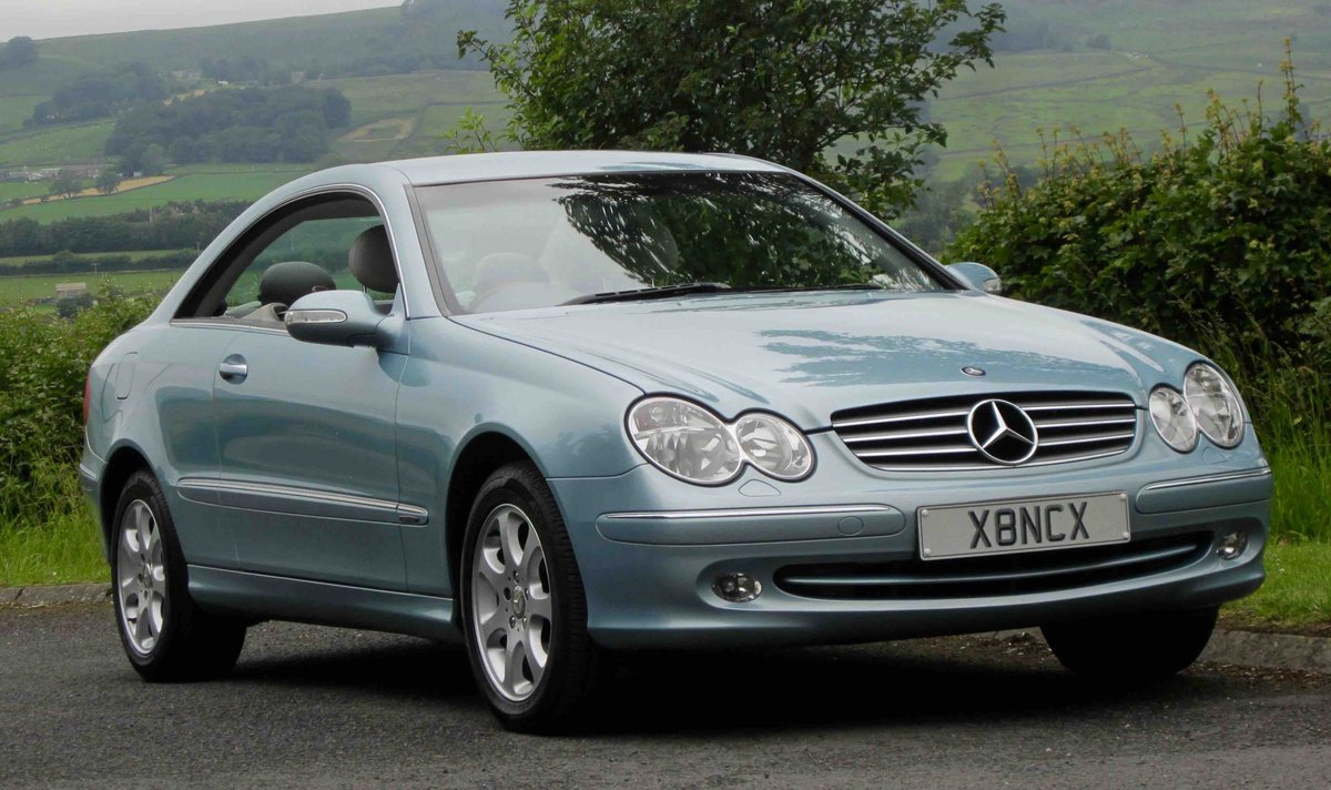2004 SUPERB CLK320 ELEGANCE, FSH, 29K MILES!!!! For Sale (picture 1 of 6)