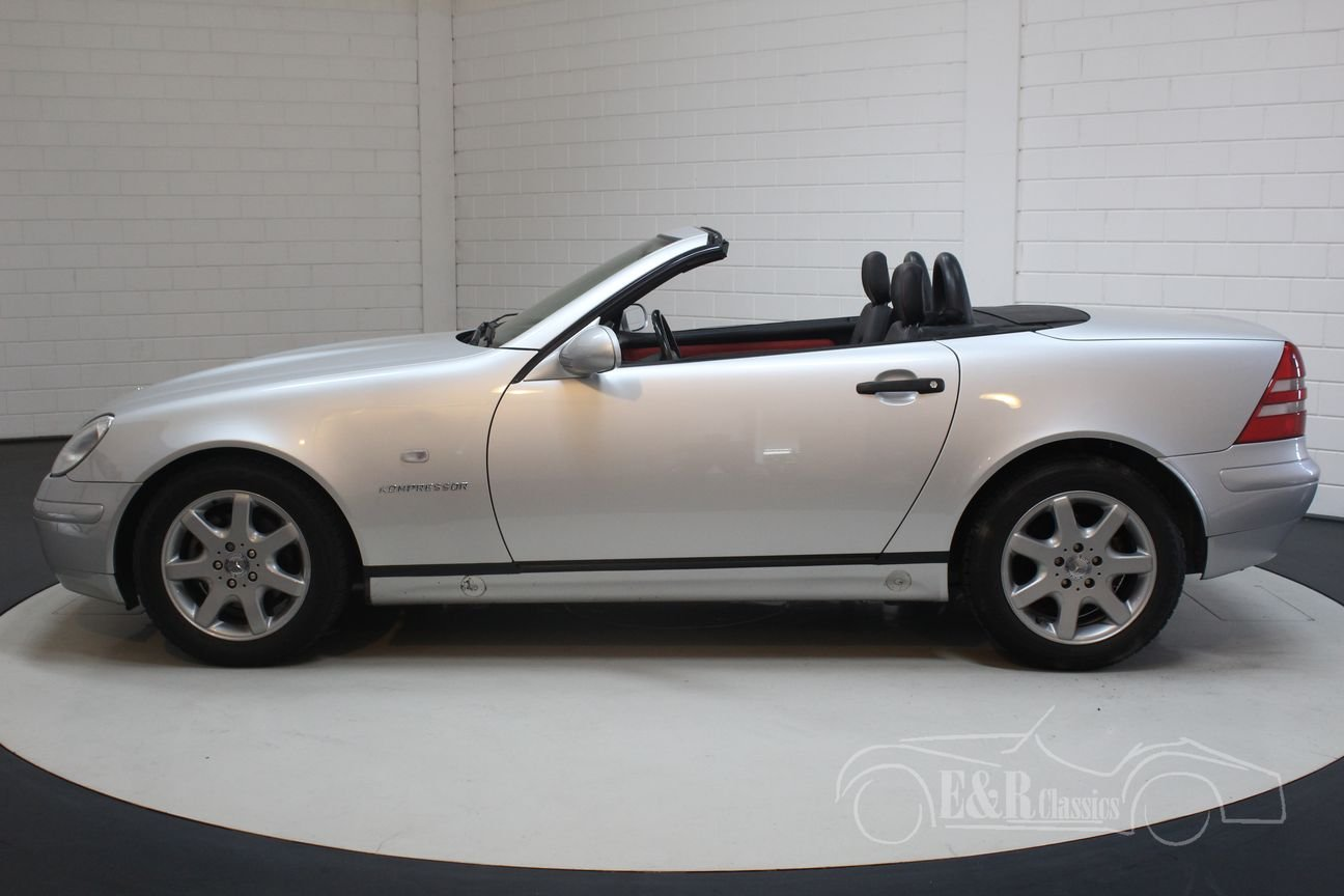 Mercedes-Benz SLK230 2000 62,932 km Top condition For Sale (picture 4 of 6)