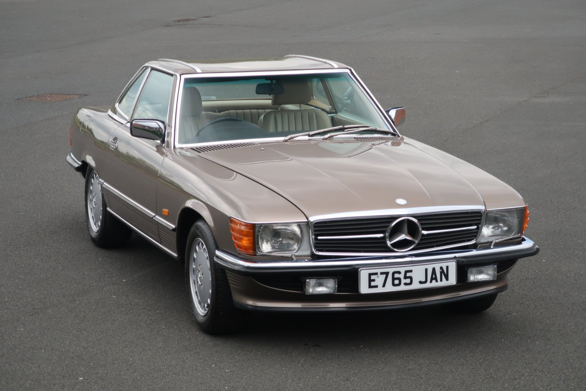 1988 MERCEDES SL420 R107 For Sale (picture 1 of 6)