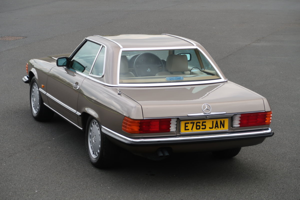 1988 MERCEDES SL420 R107 For Sale (picture 2 of 6)