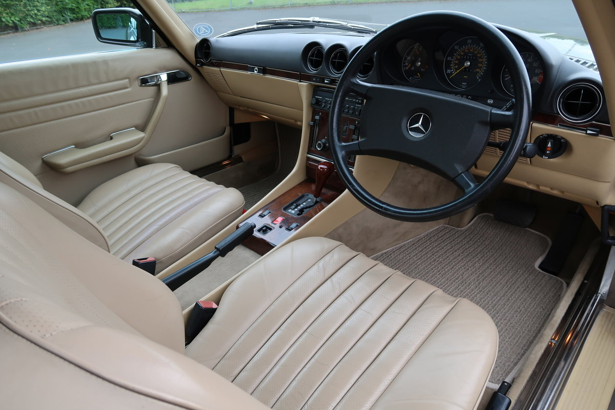 1988 MERCEDES SL420 R107 For Sale (picture 3 of 6)