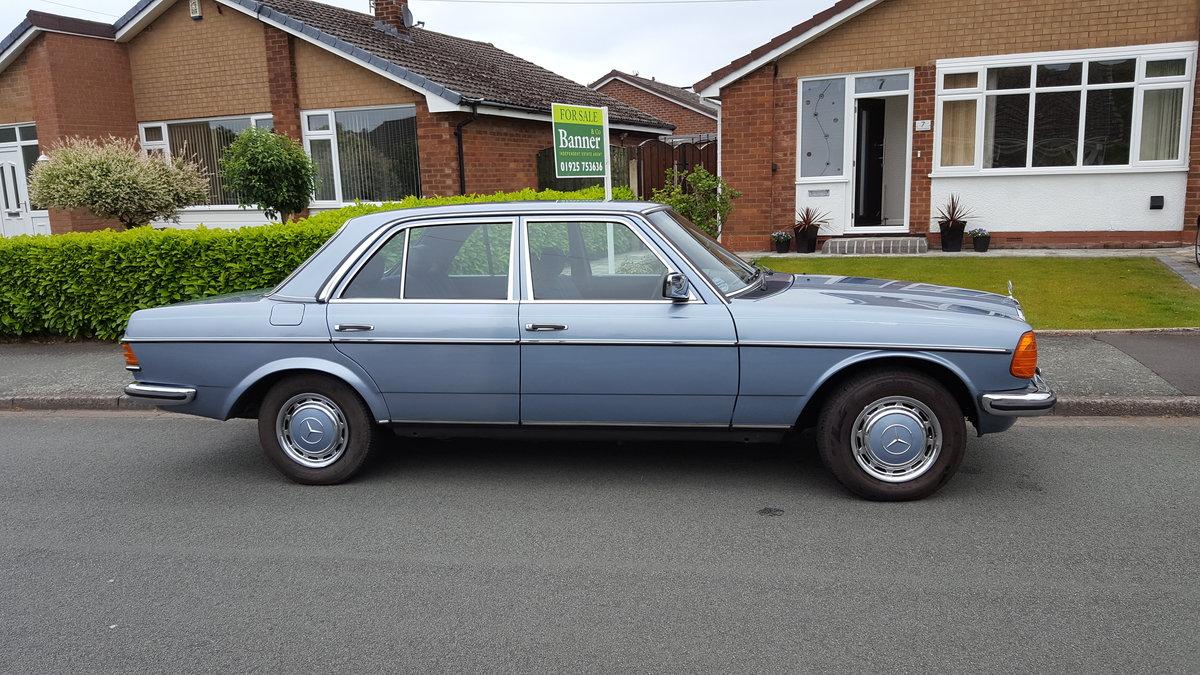 1985 W123 MERCEDES 280E SOLD (picture 1 of 6)