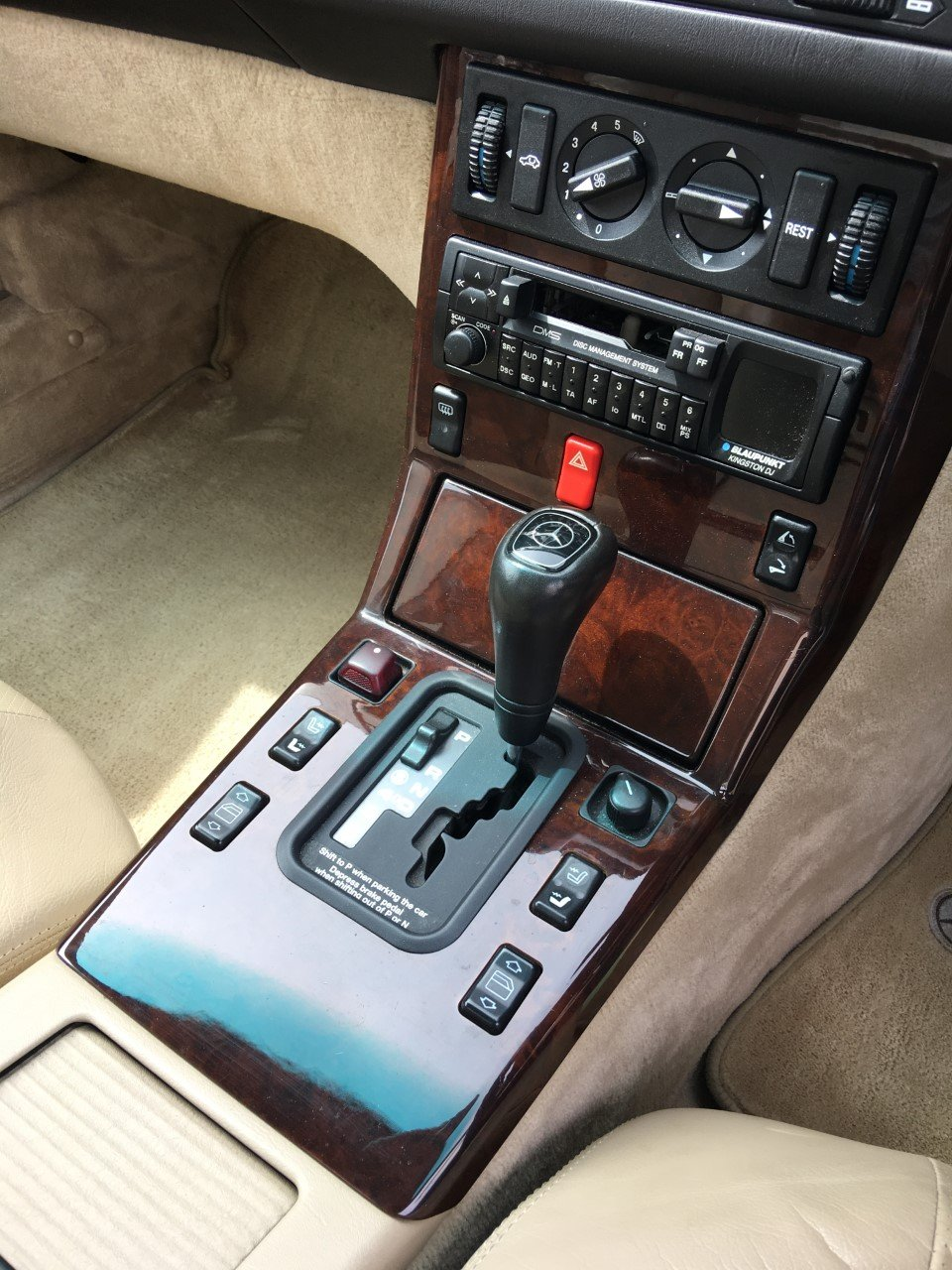 1995 Mercedes SL320 - 37000 miles only - Superb Condition For Sale (picture 4 of 6)