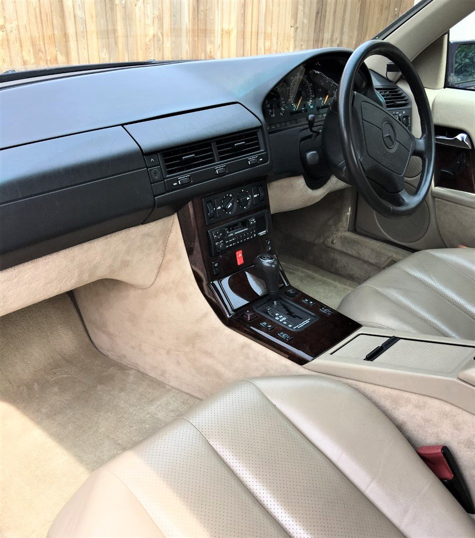 1995 Mercedes SL320 - 37000 miles only - Superb Condition For Sale (picture 3 of 6)