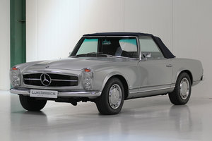 1967 Mercedes-Benz 250SL Restored - SOLD SOLD