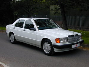 1991 MERCEDES BENZ 190 2.0e AUTOMATIC RHD LOW MILES! EXCEPTIONAL! For Sale