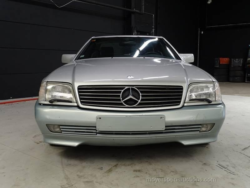 1990 MERCEDES-BENZ SL 300 24 V For Sale by Auction (picture 2 of 6)