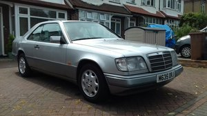 1995 Beautiful low mileage W124 coupe, E220 coupe For Sale