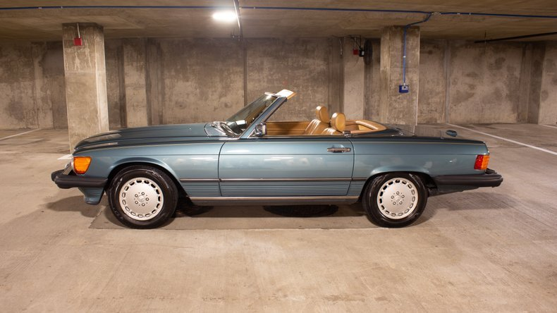 1989 Mercedes 560 SL Roadster Convertible 59k miles Green $29.9k For Sale (picture 1 of 6)