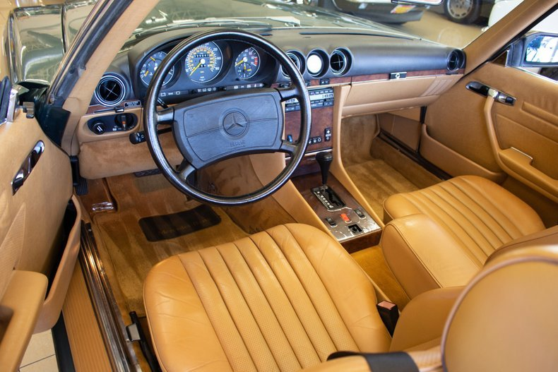 1989 Mercedes 560 SL Roadster Convertible 59k miles Green $29.9k For Sale (picture 4 of 6)