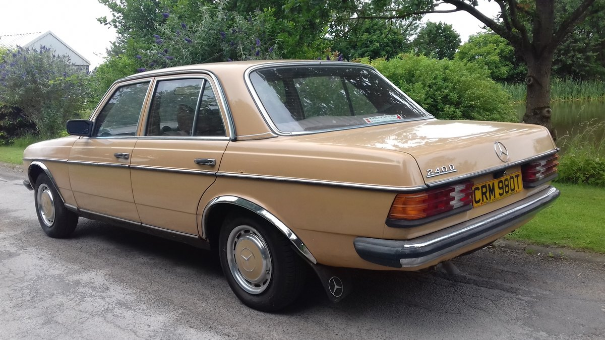1979 MERCEDES 240D W123 SALOON ~ 'BULLET PROOF' ~EXEMPT 2020 SOLD (picture 2 of 6)