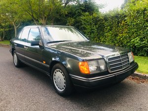 Mercedes 260e auto - May 1989 W124 For Sale