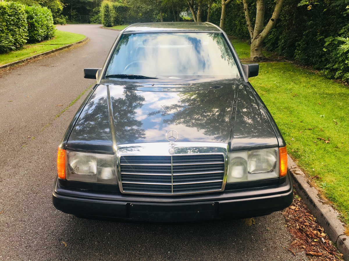 Mercedes 260e auto - May 1989 W124 For Sale (picture 5 of 6)