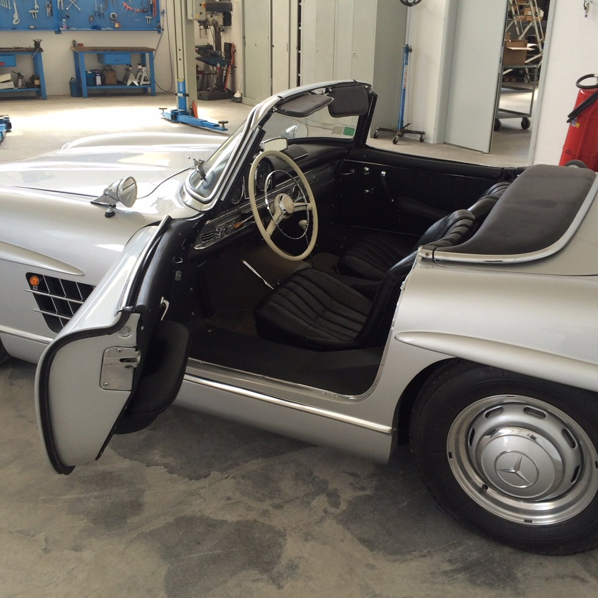 1957 Mercedes Benz 300SL Roadster  For Sale (picture 2 of 6)