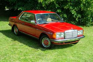 1984 Mercedes-Benz 230 CE (C123)