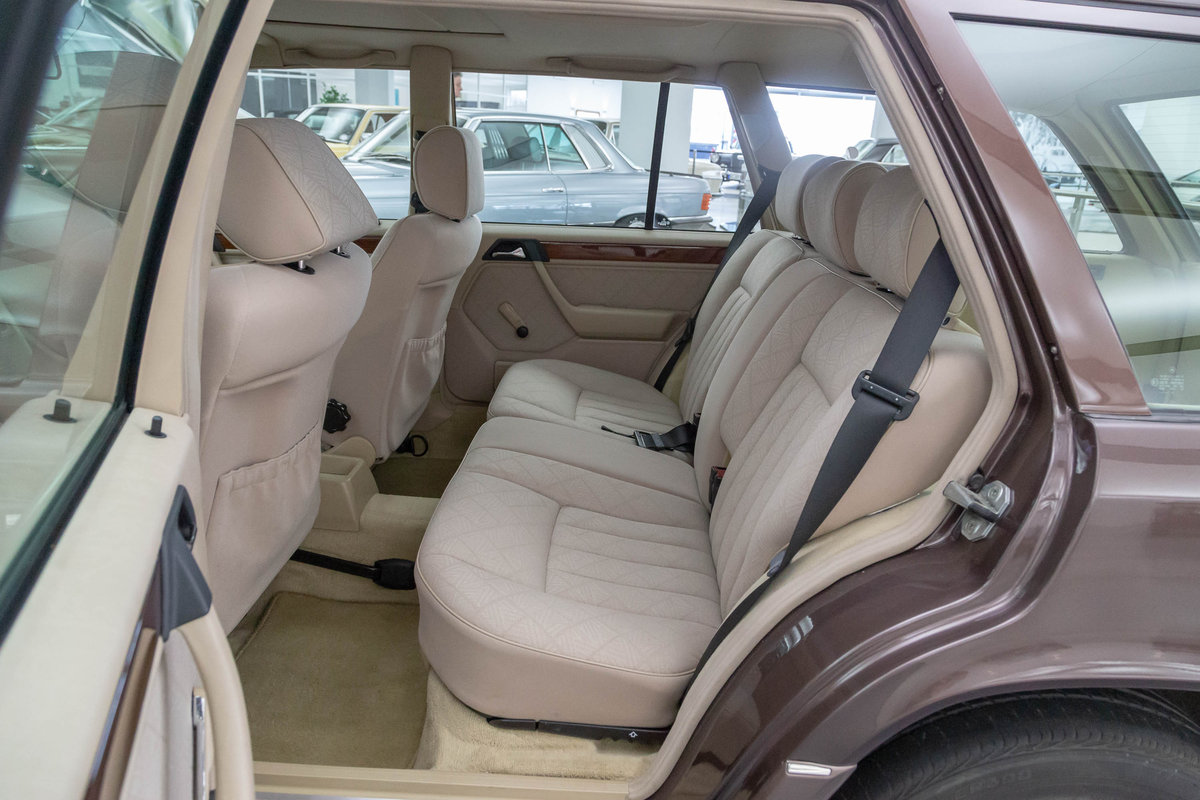 1994 Mercedes-Benz E 200 T For Sale (picture 6 of 6)