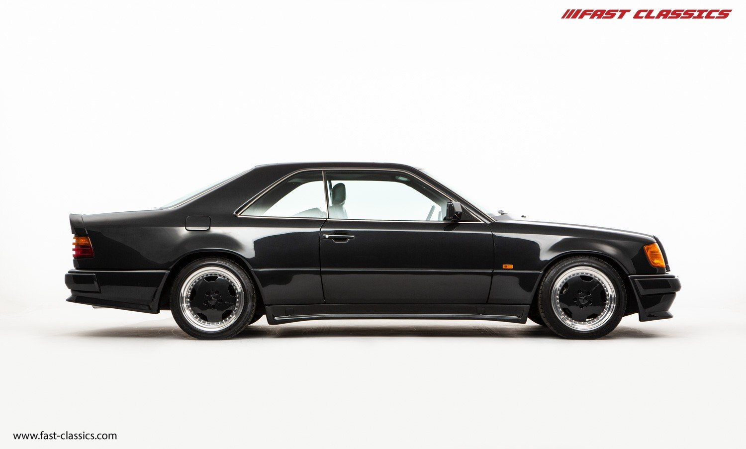 1990 MERCEDES 300CE 3.4-24V AMG WIDEBODY // PRE MERGER AMG 3.4 For Sale (picture 1 of 6)