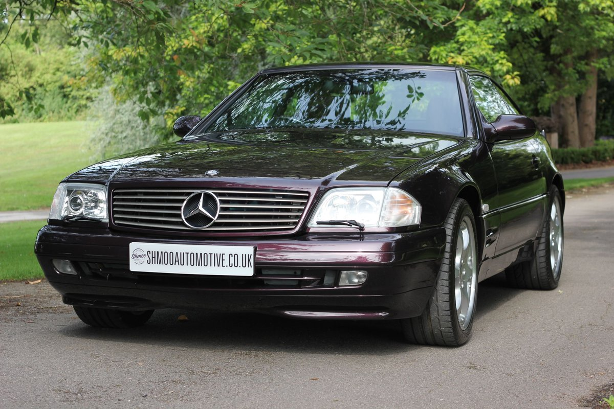 2001 Mercedes-Benz 320SL Limited Edition - Stunning Run-out model SOLD (picture 1 of 6)