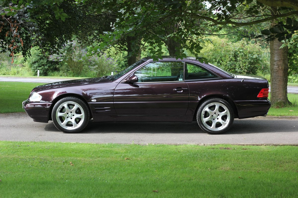 2001 Mercedes-Benz 320SL Limited Edition - Stunning Run-out model SOLD (picture 2 of 6)