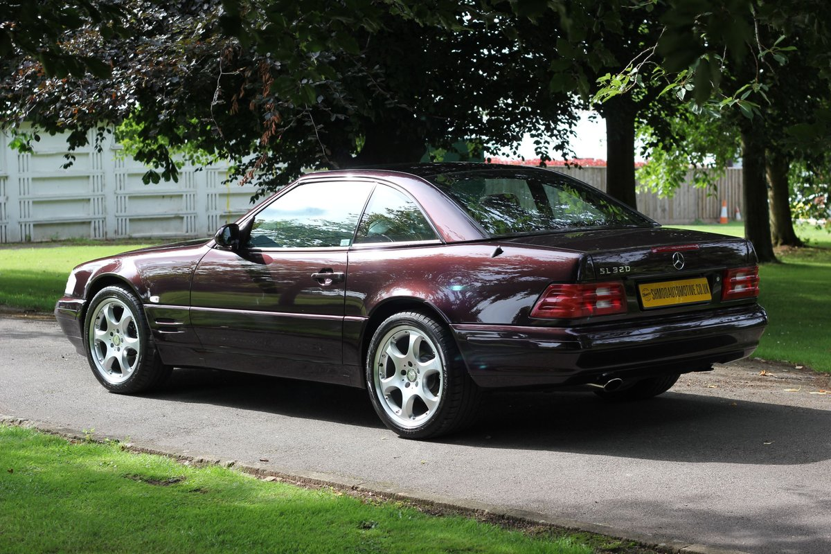 2001 Mercedes-Benz 320SL Limited Edition - Stunning Run-out model SOLD (picture 3 of 6)