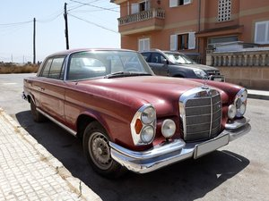1967 LHD-Mercedes Benz 250SE Coupe-manual transmission For Sale