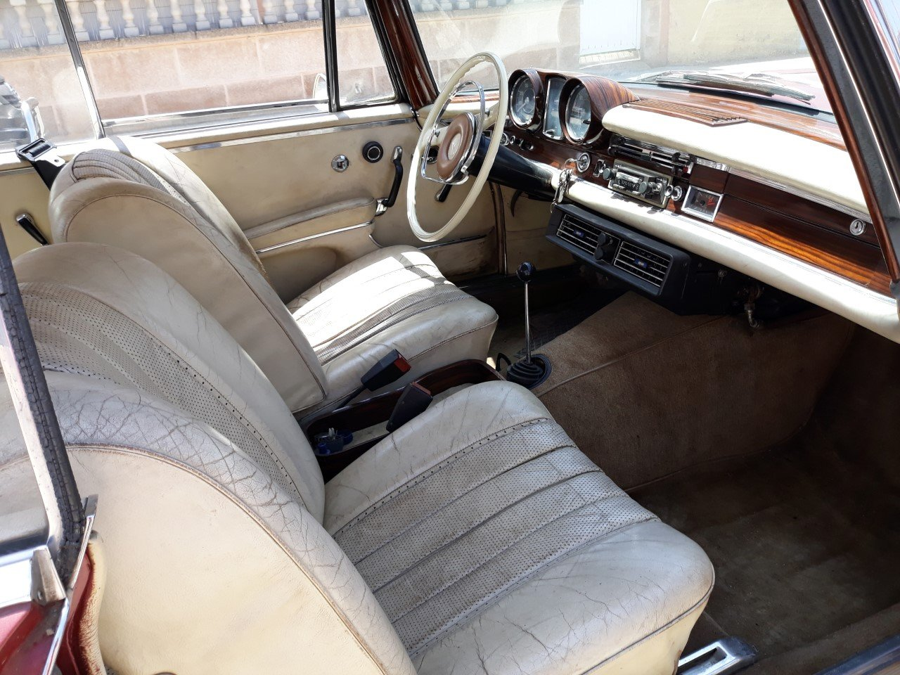 1967 LHD-Mercedes Benz 250SE Coupe-manual transmission For Sale (picture 5 of 6)