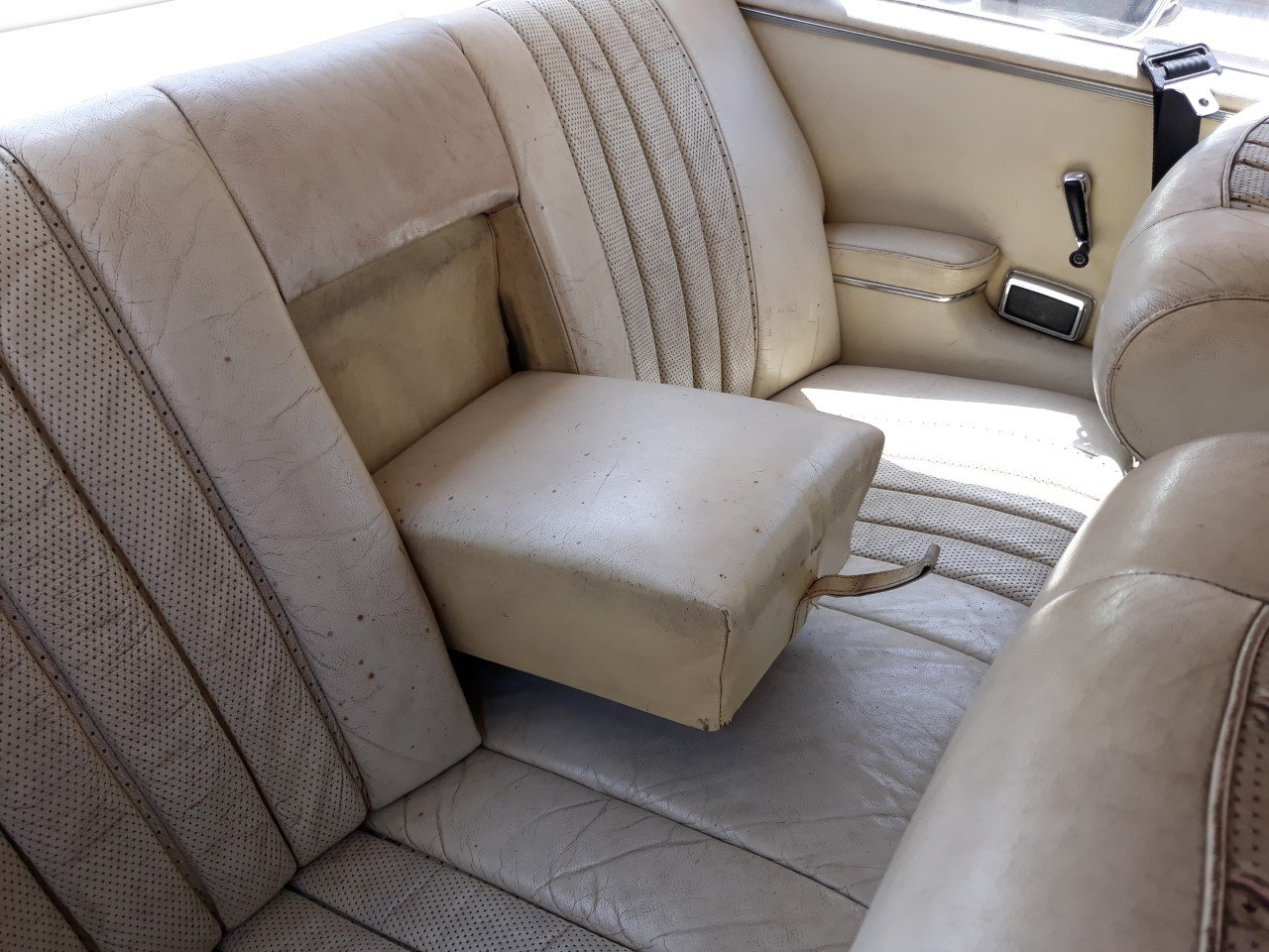 1967 LHD-Mercedes Benz 250SE Coupe-manual transmission For Sale (picture 6 of 6)