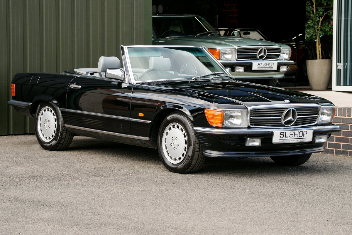 1989 Mercedes-Benz 300SL (R107) #2137 For Sale (picture 1 of 6)