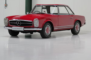 1967 Mercedes-Benz 250SL Right Hand Drive For Sale