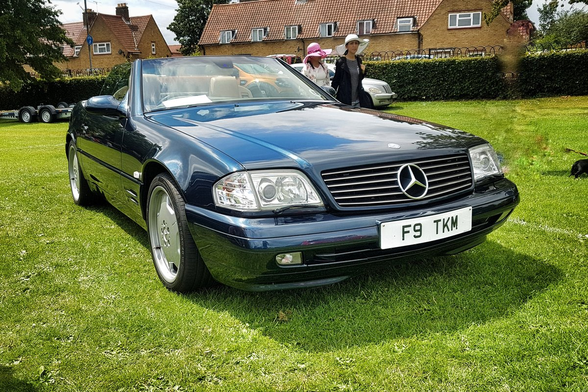 1999 Mercedes SL500 FMBSH. Low Miles and Owners For Sale (picture 1 of 6)