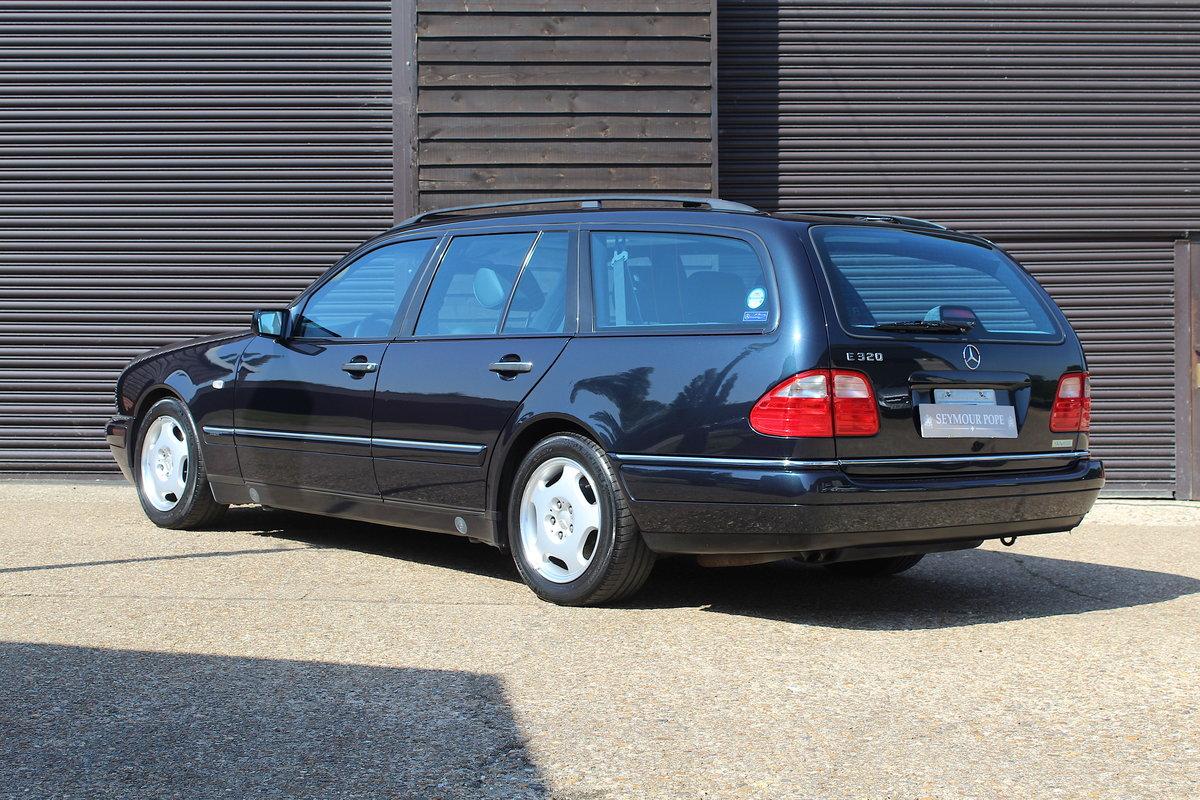 1998 Mercedes-Benz W210 E320 7 Seat Estate Auto (41,840 miles) For Sale (picture 3 of 6)